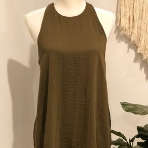 BR Olive sleeveless tunic top